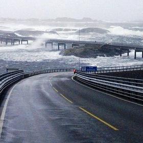 Drive the atlantic ocean  road in norway - Bucket List Ideas
