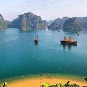 Ha Long Bay, Vietnam - Bucket List Ideas