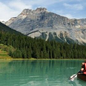 Go in a canoe in canada - Bucket List Ideas