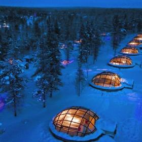 Stay at hotel Kakslauttanen (igloo village) in Finland - Bucket List Ideas