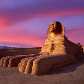 Visit 1 of the classic wonders of the world - Bucket List Ideas