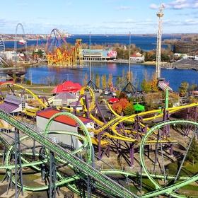 Go to La Ronde in Montréal - Bucket List Ideas