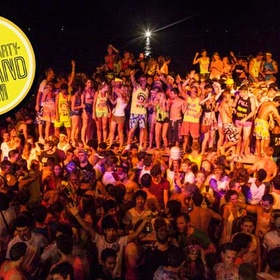 Attend a Full Moon Party in Thailand - Bucket List Ideas