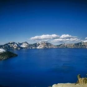 Visit Crater Lake - Bucket List Ideas