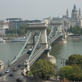 See the Chain Bridge in Budapest, Hungary - Bucket List Ideas