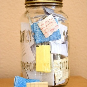 Keep an Encouragement Jar - Bucket List Ideas