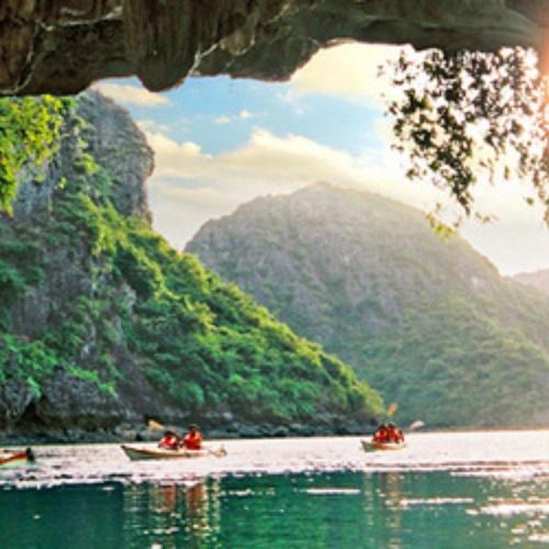 Kayak through caves - Bucket List Ideas