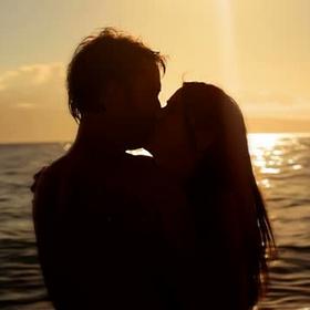 Kiss on the Beach at Sunset - Bucket List Ideas
