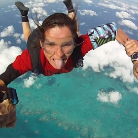Complete Skydiving Certification - Bucket List Ideas