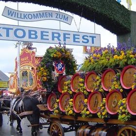 Go to Oktoberfest in Munich - Bucket List Ideas
