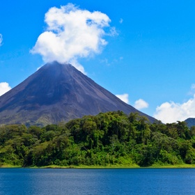 To hike a volcano in Costa Rica - Bucket List Ideas