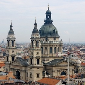 Visit St. Stephen Basilica in Budapest, Hungary - Bucket List Ideas