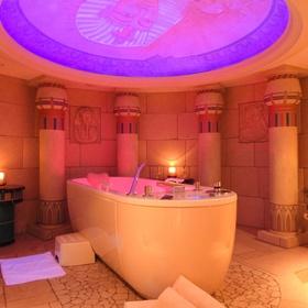 Take a cleopatra bath - Bucket List Ideas