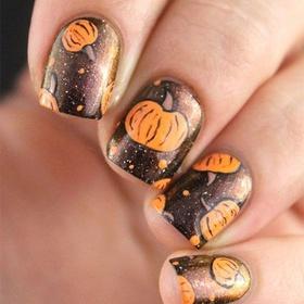 Paint my nails a Halloween design - Bucket List Ideas