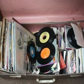 Begin a vinyl collection - Bucket List Ideas