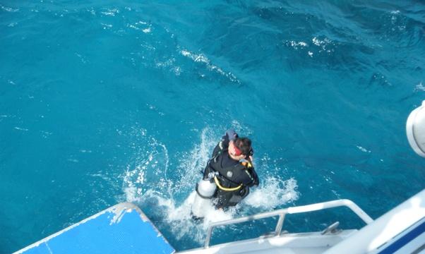 Learn how to Scuba Dive - Bucket List Ideas