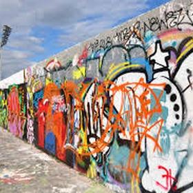 Graffiti a wall - Bucket List Ideas