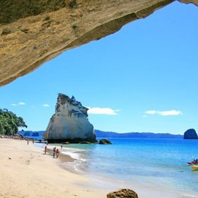 Visit cathedral cove on the coast of coromandel, new zealand - Bucket List Ideas