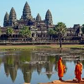 Visit the temples of Angkor wat, Cambodia - Bucket List Ideas