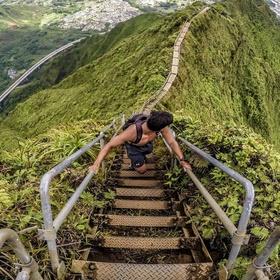 Climb the Haiku Stairs in Hawaii - Bucket List Ideas