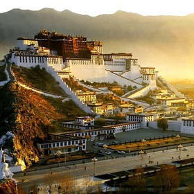 See the Potala Palace in Lhasa, Tibet - Bucket List Ideas