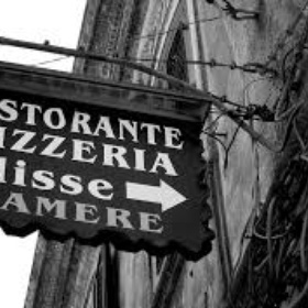 Eat Pizza in Sicily - Bucket List Ideas