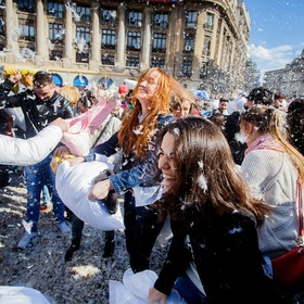 ⚜️Attend International Pillow Fight Day - Bucket List Ideas