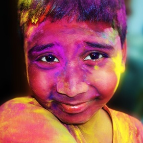 Celebrate the holi festival in india - Bucket List Ideas