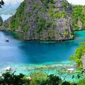 Visit the palawan island, philippines - Bucket List Ideas