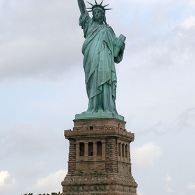Go to the Statue of Liberty - Bucket List Ideas