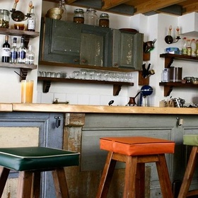 Go to 30 quirky coffee shops, coffee houses and coffee bars - Bucket List Ideas