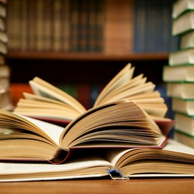 Finish 100 books in a year - Bucket List Ideas