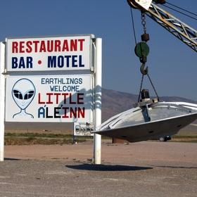 Grab a bite to eat at the Little Al'e'inn - Bucket List Ideas