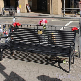 Take a seat on Rik Mayall's memorial bench - Bucket List Ideas