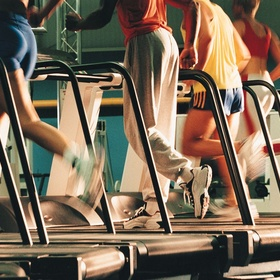 Run on the treadmill for 10 mins - Bucket List Ideas