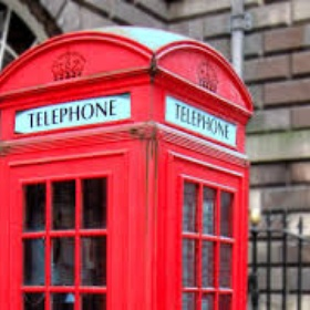 Stand in a red phone box in England - Bucket List Ideas