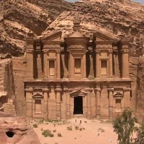 Visit the ancient city of Petra - Bucket List Ideas