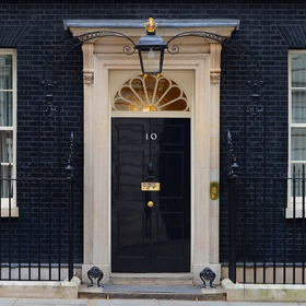 Be invited to 10 Downing Street - Bucket List Ideas