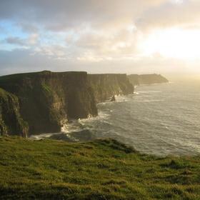 Visit the Cliffs of Moher - Bucket List Ideas