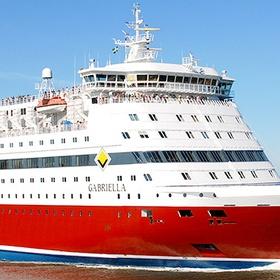 Go on a cruise with family - Bucket List Ideas