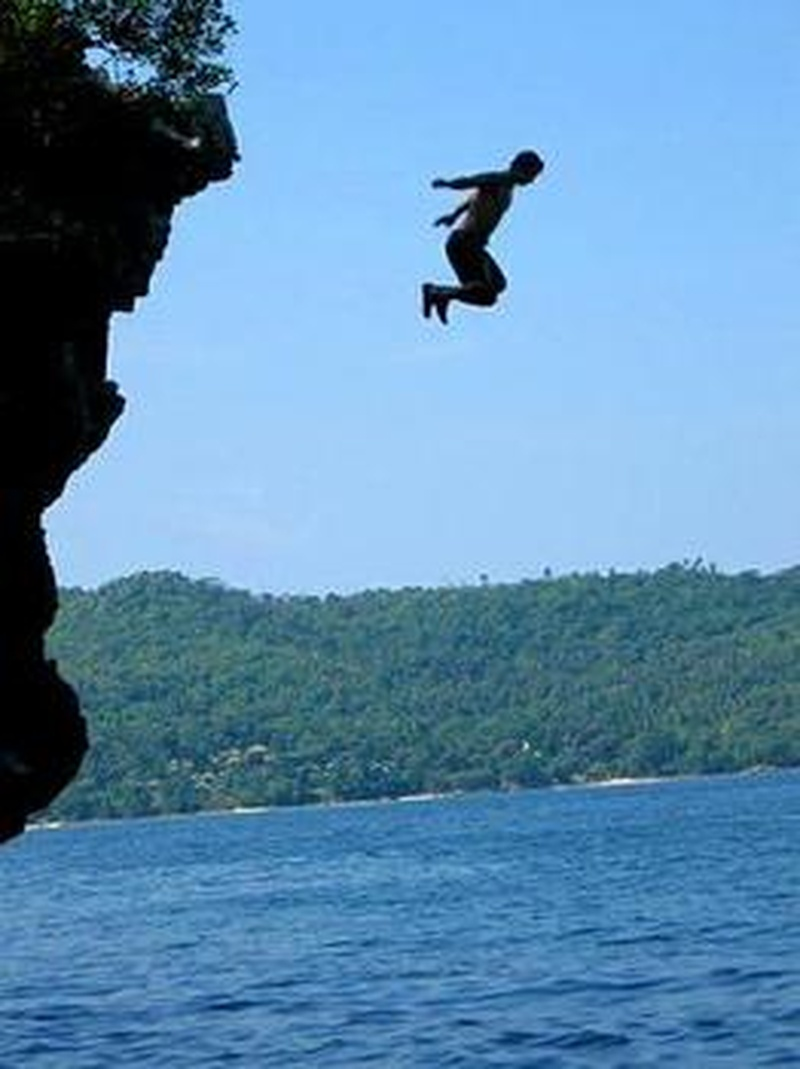 Bucketlist 187 Jump Off A Cliff Into Water Official Bucket