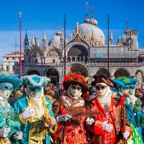 Attend Carnevale di Venezia, Venice, Italy - Bucket List Ideas