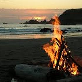 Have a Beach Bonfire with freinds - Bucket List Ideas