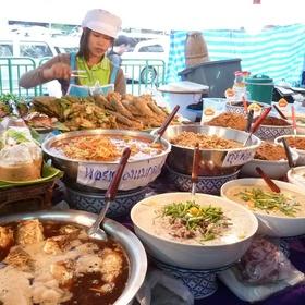 Eat street food in Thailand - Bucket List Ideas