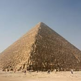 Visit the great pyramids of giza! - Bucket List Ideas